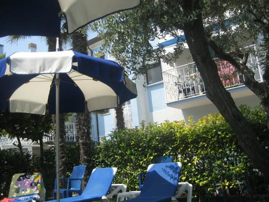 Hotel Imperial : im Garten beim Pool