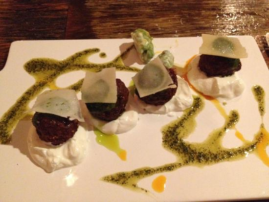 Charlotte Bistro & Bar: Stuffed dates