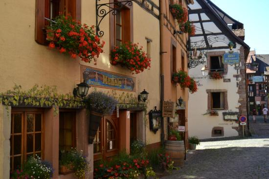 Photo of Hotel Restaurant Saint-Nicolas Riquewihr