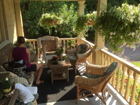 Wild Swan Bed & Breakfast Inn: photo2.jpg