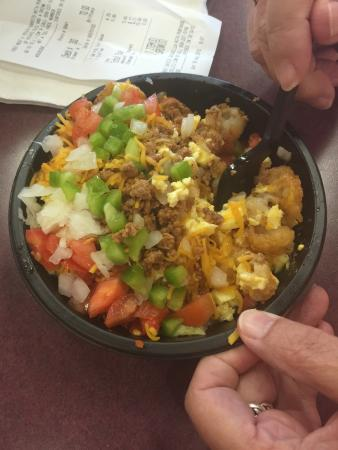 Avoca, IA: Potato Ole's scrambler