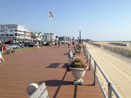 boardwalk along the beach - Picture of Ocean Grove Beach, Ocean