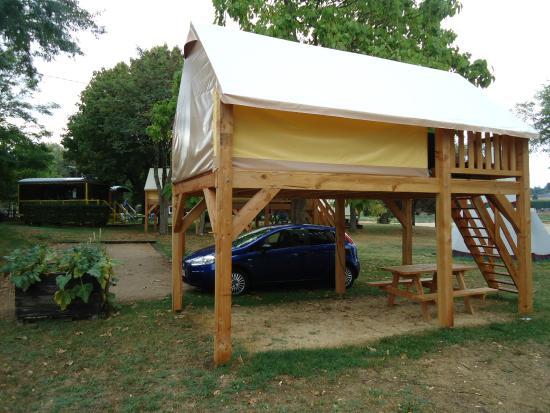 Camping de Gien: Canada tents