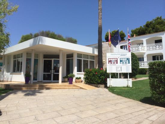 Mestral & Llebeig Apartments: Reception area