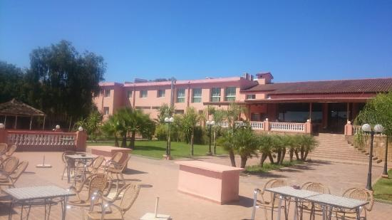 DAR EDDAYA HOTEL : Terrasse du restaurant