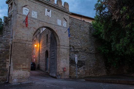 Bettona, Itália: Porta Vittorio Emanuele