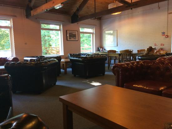 YHA Patterdale: Lounge area