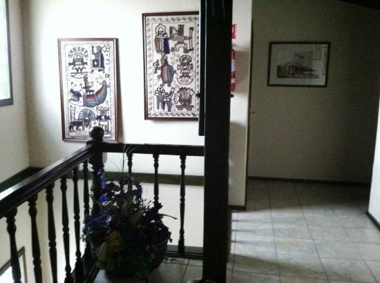 Alabardos Panzio: stairs to the room - no elevator