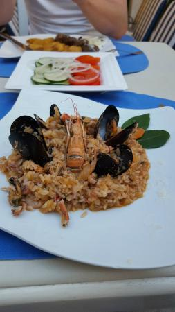 Hotel Pasike: My favourite - sea food risotto - even though just in the warm appetisers section - was plenty