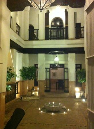 Dar Vedra: Riad main hall