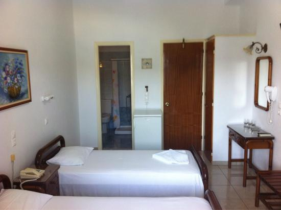 Hellinis Hotel: photo2.jpg