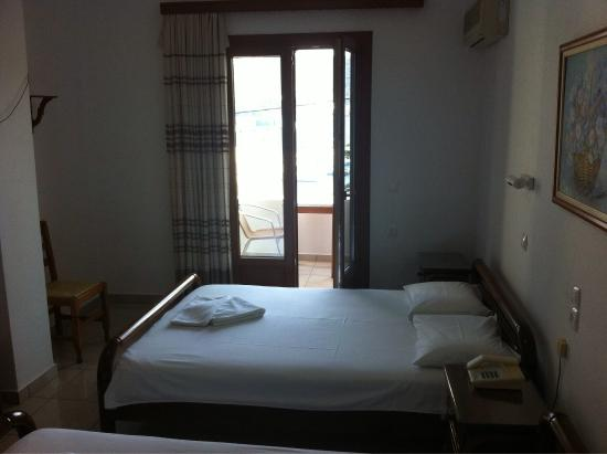 Hellinis Hotel : photo4.jpg