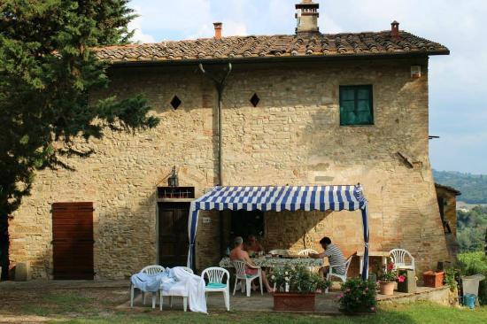 Agriturismo Le Ginestruzze Uzzano: Villa