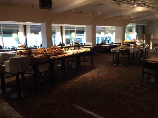 Scandic Hotel Opalen: Breakfast