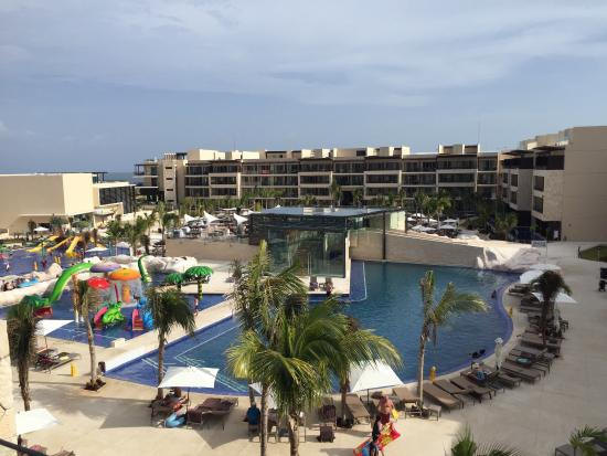 Loved The Romanticly Lit Atmosphere Picture Of Royalton Riviera Cancun Resort Amp Spa