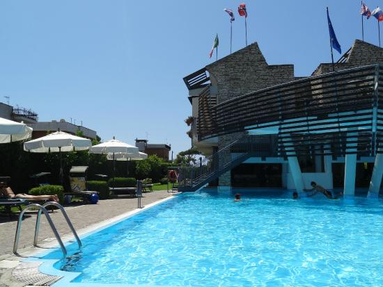 piscine photo de poseidon terracina tripadvisor