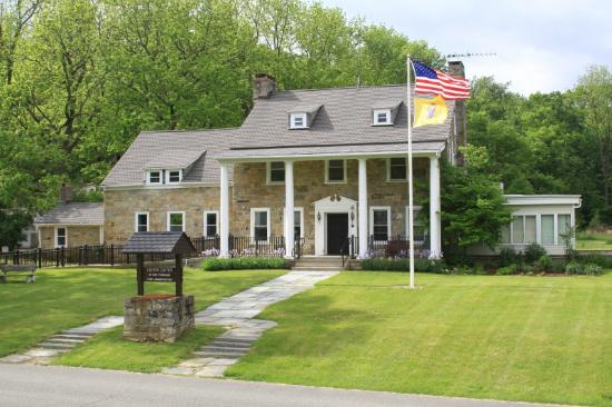Newton, NJ: Kittatinny Valley State Park Visitor Center