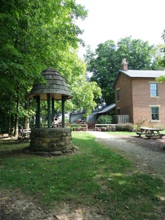 West Union, OH: Main house with dining patio