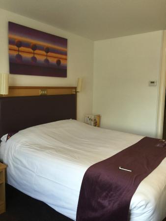 Premier Inn Manchester (Cheadle) Hotel : room