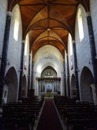 Saint George's Cathedral : inside