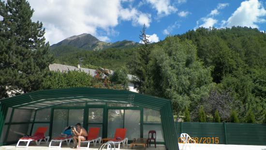 VVF Villages Saint-Léger-les-Mélèzes : vue depuis la piscine