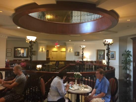 French Quarter Inn : Lobby