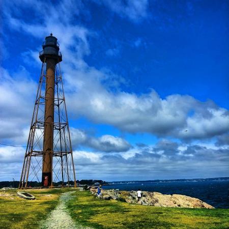 17 Chestnut Street B&B : Marblehead Lighthouse