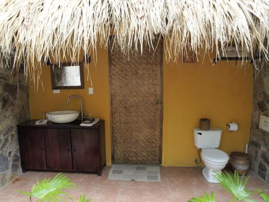 San Simian Eco Lodge: Toilet