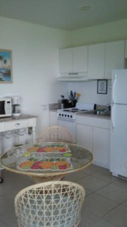 Tiara By The Sea: our kitchen/table RM7