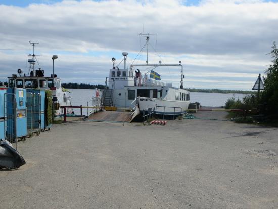 Västerbotten, Schweden: The ferry