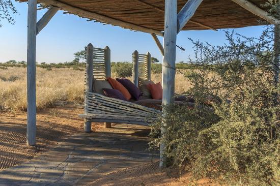 outdoor himmelbett bild von kalahari red dunes lodge. Black Bedroom Furniture Sets. Home Design Ideas