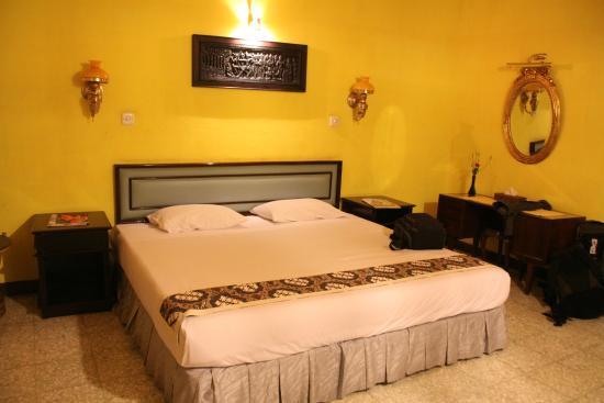 Poeri Devata Resort Hotel : Habitación