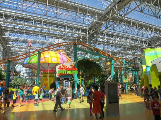 The Big Ticket Adventure Pass is a three-day pass that saves you 30% on multiple attractions at the Mall of America and around the Twin Cities, but Groupon has a deal right now where you can save an extra 10% off! That's 40% off all of these attractions.