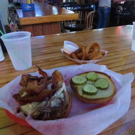 Lewie S Saloon Amp Eatery Lead Updated 2019 Restaurant