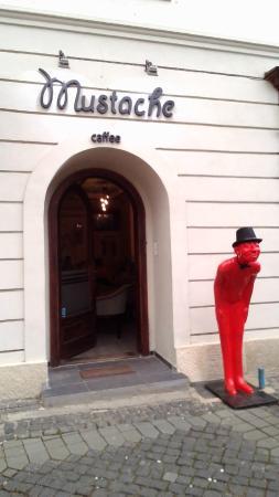 Mustache Caffee