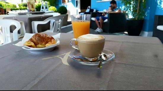 Hotel Arianna: Goodmorning ����������
