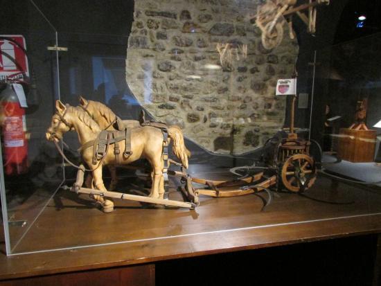 Leonardo D Exhibition : Da vinci picture of leonardo museum florence