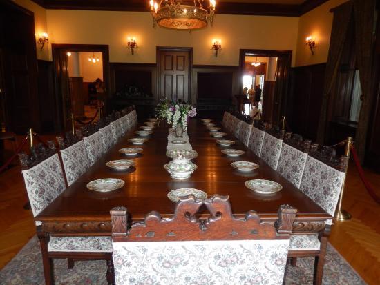 Gananoque, Canadá: The dining room at Boldt Castle.