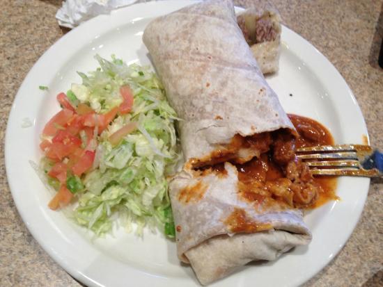 Comedor Guadalajara: Red Beef Burrito