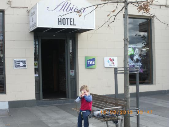 Albion Hotel: loved the lolly pop from the cook.