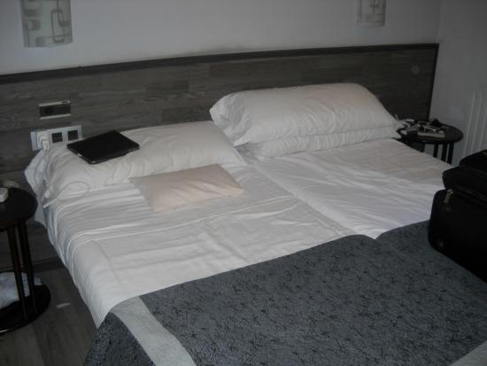 Pension Donostiarra : habitacion