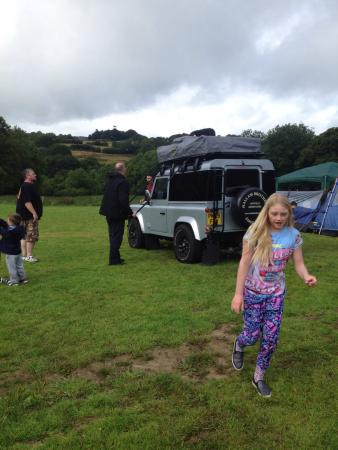 Wonderful campsite. Very clean. The new owners are lovely people.You can see the campsite develo