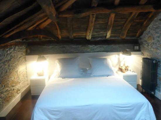 Hotel Rural 3 Cabos: La habitación Lastres (no elijáis ésta, hay mejores)
