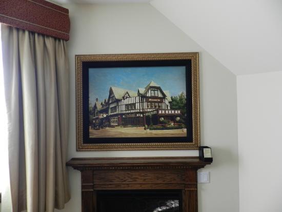 Best Western Premier Mariemont Inn: Hidden TV