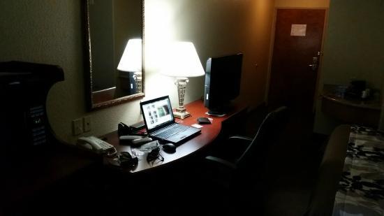 Hewitt, Техас: desk