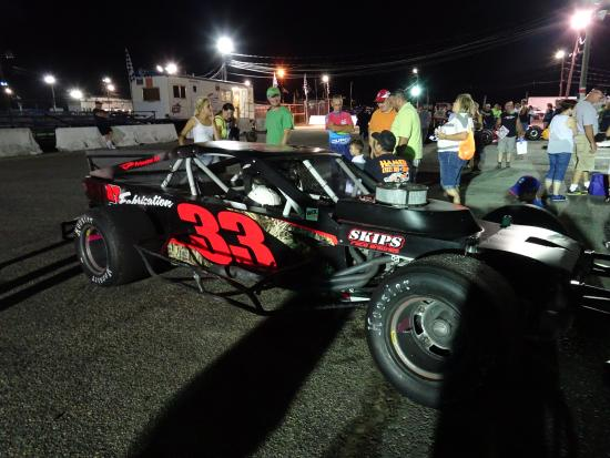 Modified car in the pit at Wall Stadium Speedway