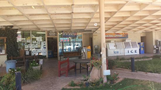 Beaver Dam Station & Bar