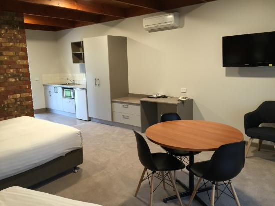 Cadell on the Murray: Deluxe room