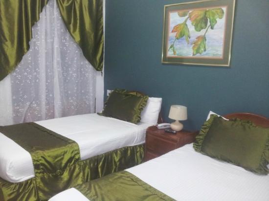 Hotel 1492 : Limpias y silenciosas habitaciones