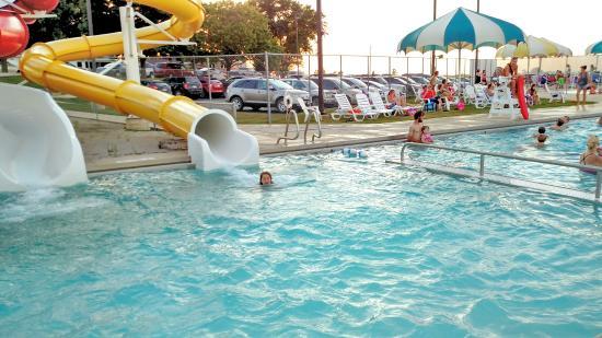 Spring Grove Aquatics Center